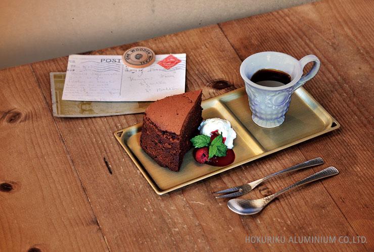 珈琲とケーキを一緒に