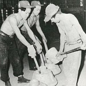 昭和29年頃の作業風景